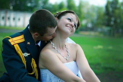 Выплата военнослужащему на свадьбу